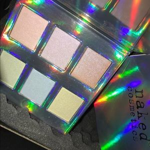 Other - Naked cosmetics holographic highlighter